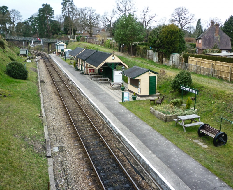 Groombridge Railway Station (steam engines)